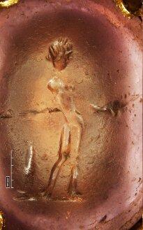 Intaglio mit weiblicher Figur (BSB Clm 4453#Einband)